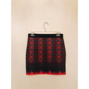 Zara red black plaid Stretch Bodycon mini skirt M